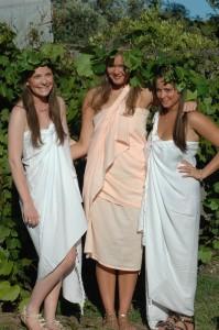 3 slavegirls