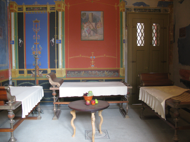 roman dining room | vinumvetustum.com.au